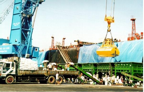 Thủ tục miễn thuế xuất nhập khẩu tại chỗ