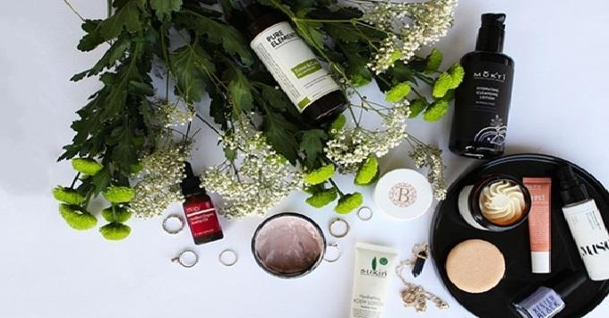 luat-hong-phuc-vn-Thủ tục mở công ty nhập khẩu các mặt hàng mỹ phẩm